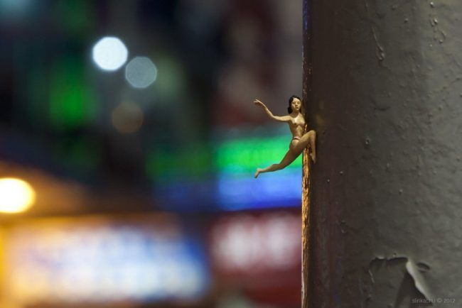 Street Art : Les Little People de Slinkachu se mobilisent contre le chômage #23