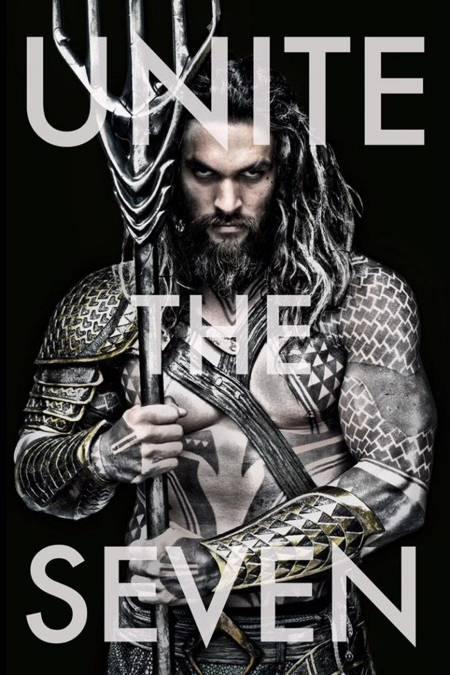La photo officielle de Jason Momoa en Aquaman #2