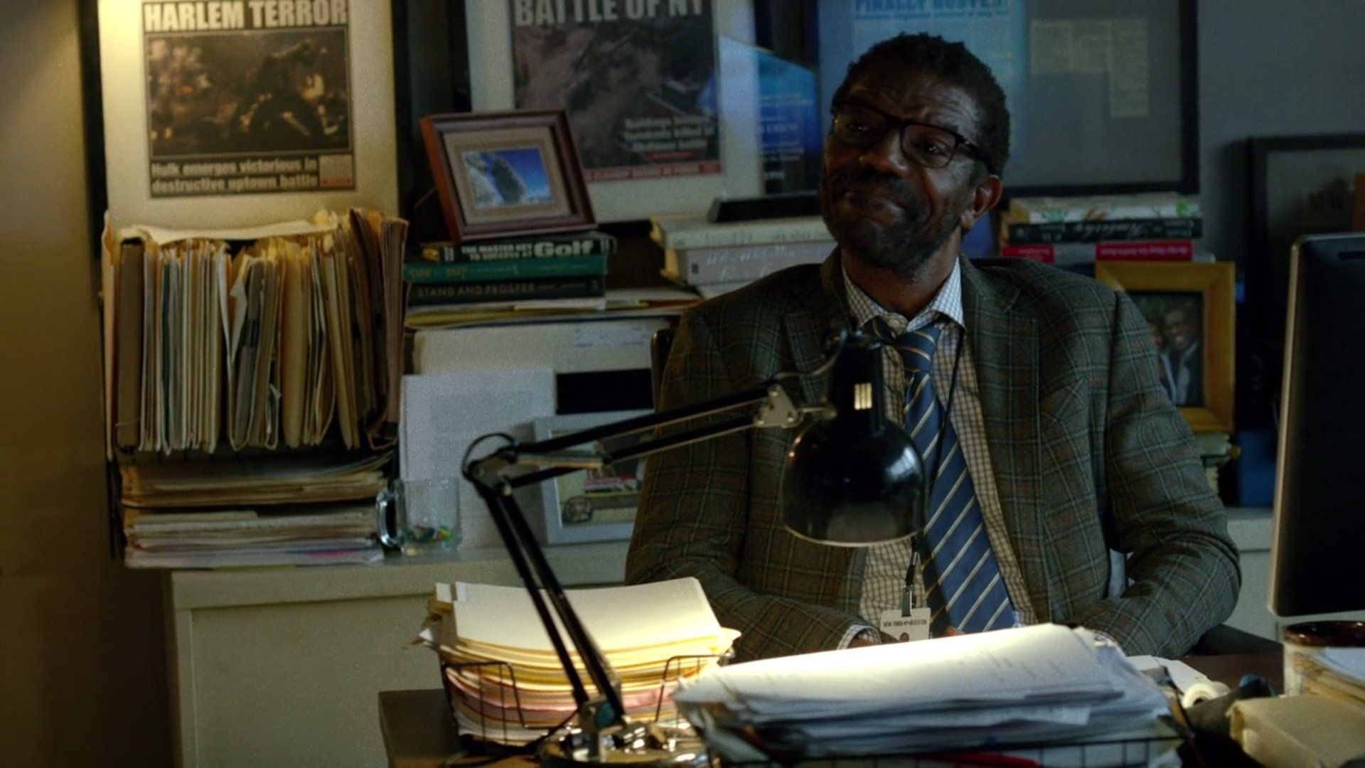 Ben urich une new york bulletin desk Terror in harlem 2 daredevil easter egg series 110 pix geeks