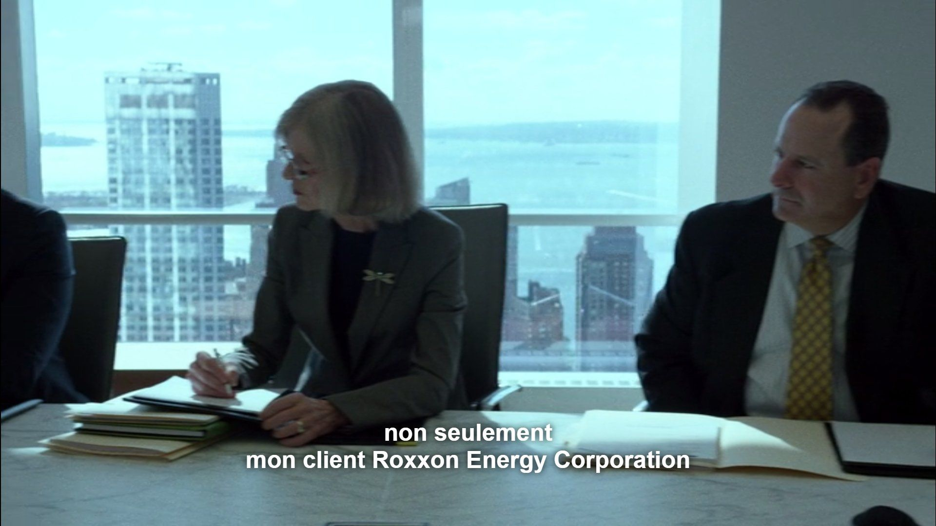 Roxxon Energy Corporation Daredevil Easter Eggs netflix serie marvel 110 pix geeks