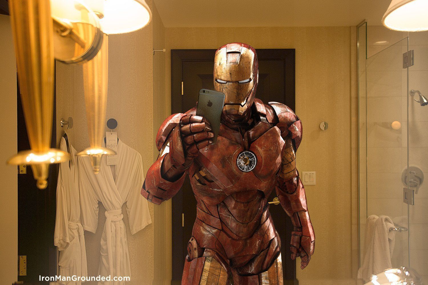 iron_man_grounded_selfie