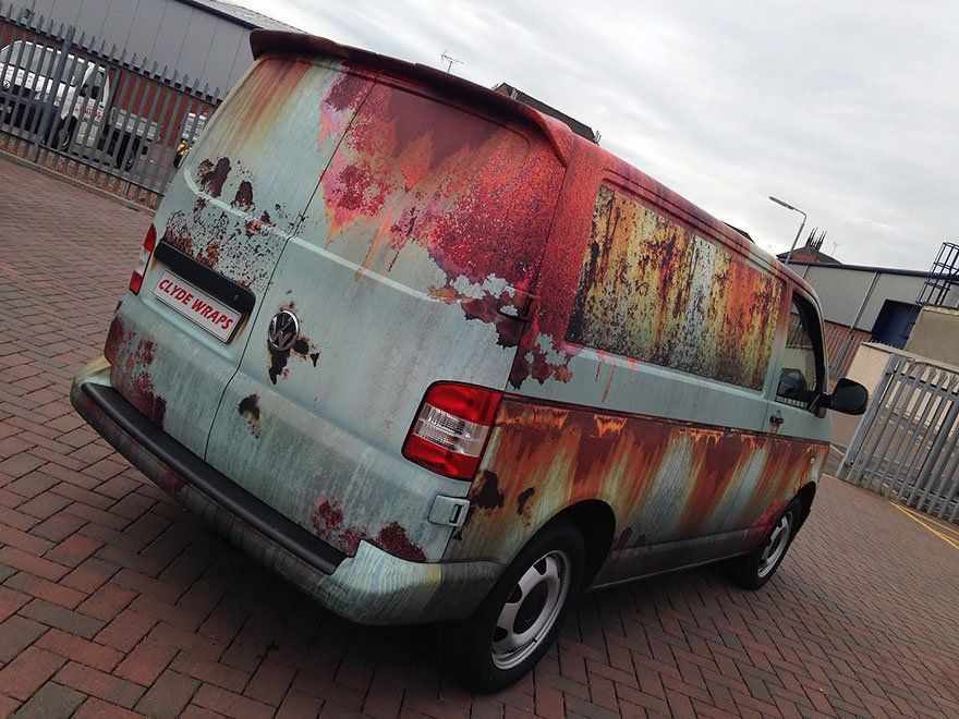 Volkswagen Transporter habillage rouille marquage véhicule clyde's wrap arriere