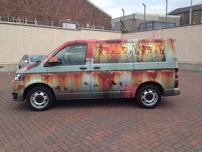Volkswagen Transporter habillage rouille marquage véhicule clyde's wrap terminé