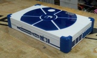 Une Playstation 4 Playbook customisée R2-D2