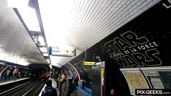 Star Wars Episode VII dans le Metro à Paris
