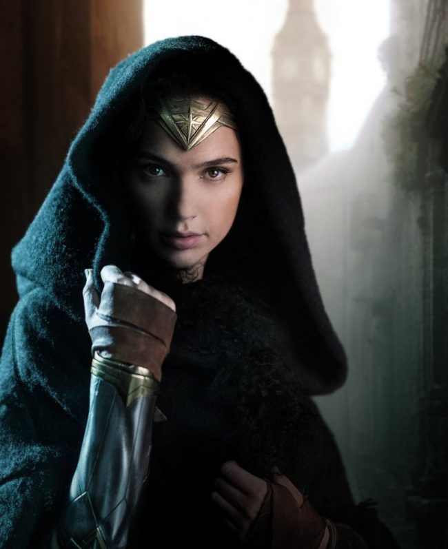 Wonder Woman : le casting officiel + 1 nouvelle photo de Gal Gadot #1