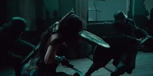 Wonder Woman : un 1er extrait du film + la confirmation de Batman au casting #4