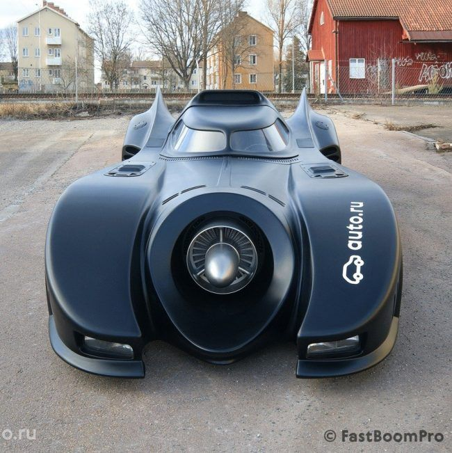 La Batmobile originale de Tim Burton est à vendre pour 1 million de Dollars #5