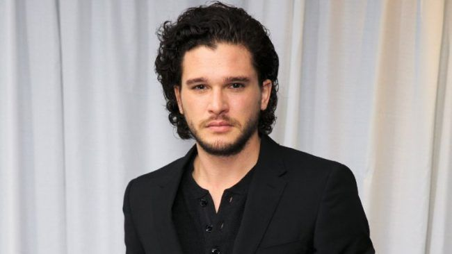 The Batman : Kit Harington pressenti pour incarner le Chevalier Noir #2