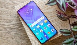 Honor View 20 : on a testé le premier smartphone a écran percé