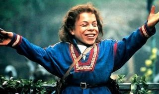 La série Willow avec Warwick Davis arrive officiellement sur Disney+